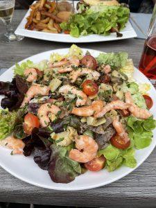Salade en terrasse au O'Baray'O à Avranches